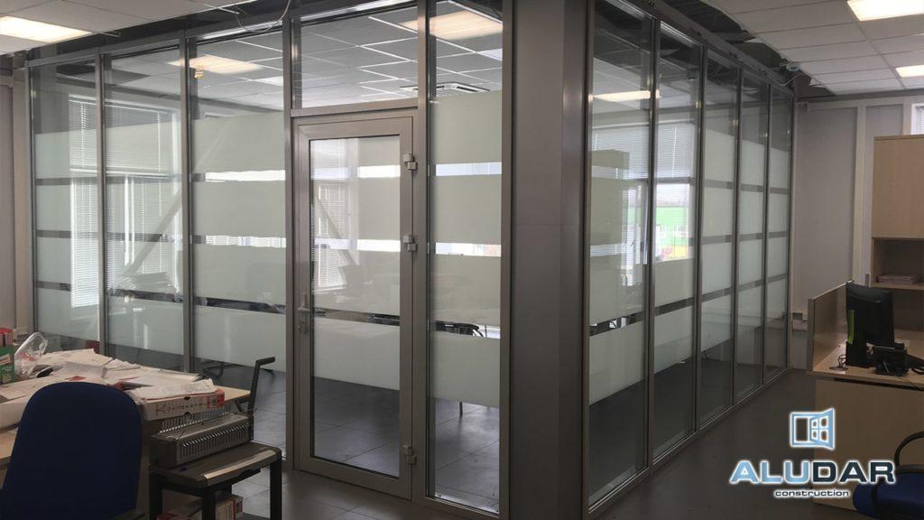 Алюминиевые двери в Ростове-на-Дону